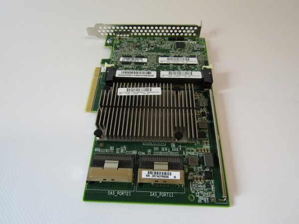 HPE Smart Array P840/4GB 12G Controller \\